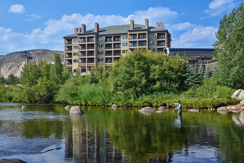whrwi-the-westin-riverfront-mountain-villas-beaver-creek-mountain-exterior2