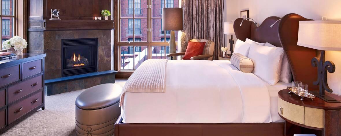 asesx-st-regis-residence-club-aspen-bedroom